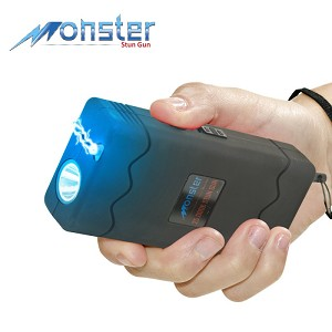 25 Million Volt Rechargeable Stun Gun With LED Light and Disable Pin Black